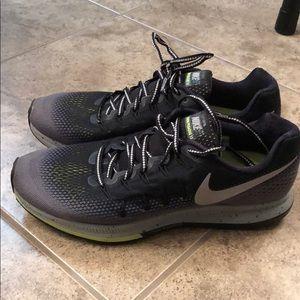 Nike Running Zoom Pegasus 33 H2O Repel